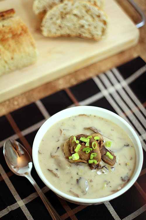 Cream of Mushroom Soup with White Wine and Leeks from @creativculinary