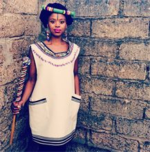 #xhosa #traditional #LusandaKori Such a vibrant look.