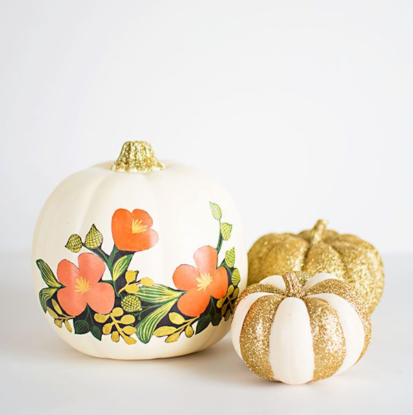 Yes, you can decoupage a pumpkin — and this sweet floral version with the gold-glitter stem is proof. #DIY #halloween