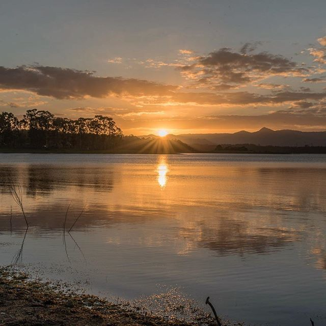 #lakekurwongbah #lake #worldbestgram #wow_australia #water #awesome #sunset #australia #bestoftheday #cool_captures #earthboundshots #igers #ig_nature #instagram #ig_sunsetshots #loveyouqueensland #moretonbay #nikond750 #nature_wizards #picoftheday #reflections #thisisqueensland #visitbrisbane