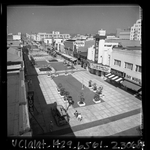 SANTA MONICA:  Santa Monica Mall - before it became 3rd Street Promenade.