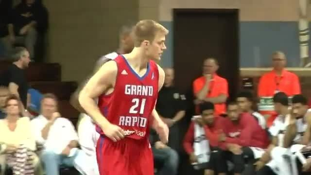 The Skyforce rallied past Grand Rapids 105-96 in Nate Wolters debut with the Drive.