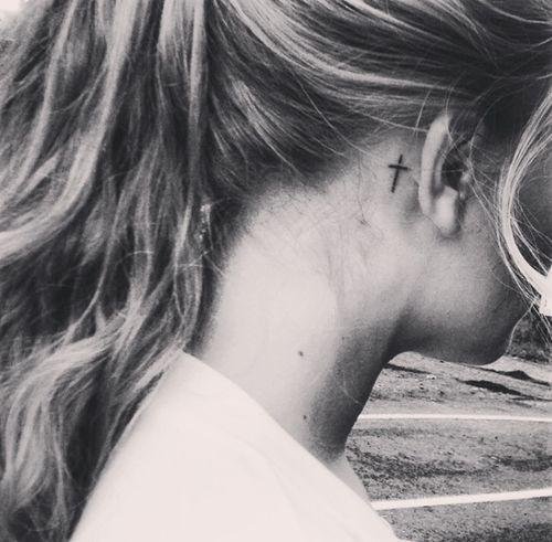 Tatto cross #gril,  #cross behind the ear – #Cross #ear #gril #symbol