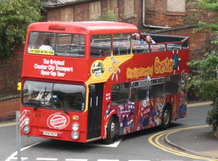 Chester tourist bus