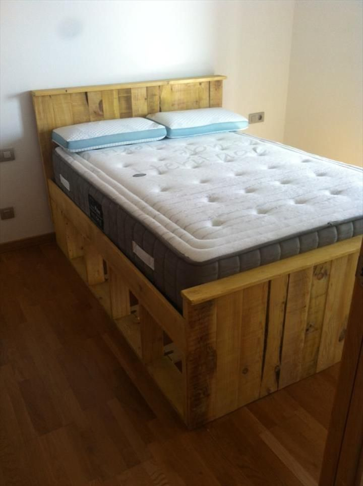 353 best images about wooden pallets project on pinterest for Pallet bed frame with side tables