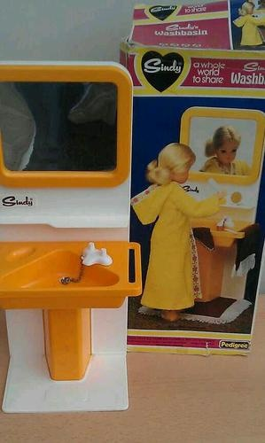 Sindy - I used to love this!