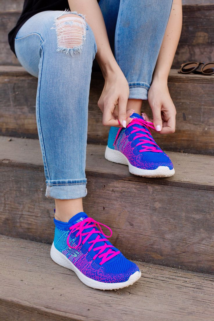 All laced up and ready to hit the streets in our Skechers Burst! http://bit.ly/1U6NTOc