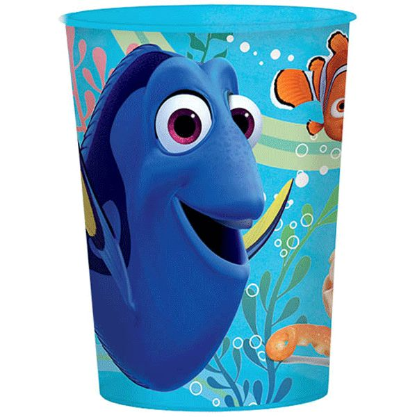 Give the birthday girl something to remember her party by. With this Finding Dory Plastic Favor Cup you can fill up with little gifts yourself and give to the birthday girl. This cup features a dark b