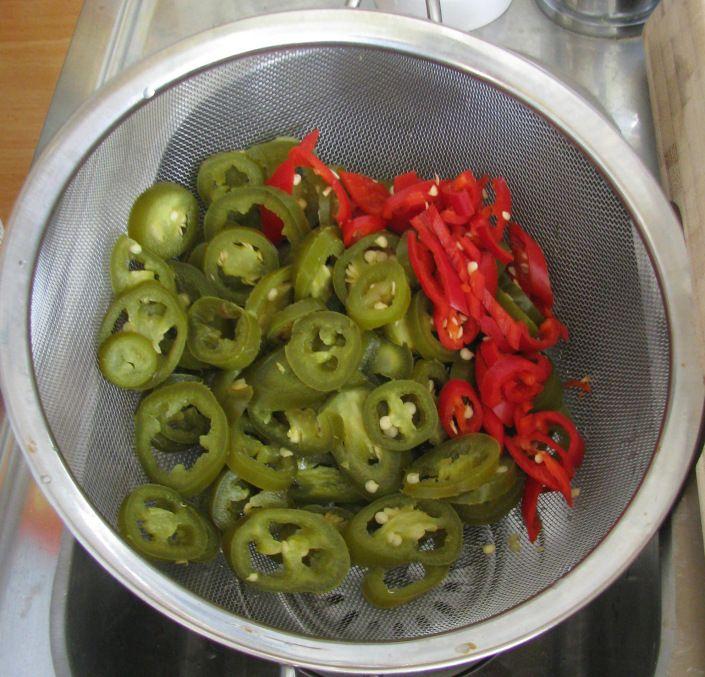 Pepers voor de Texaanse chili uit de slowcooker (chili zonder bonen)