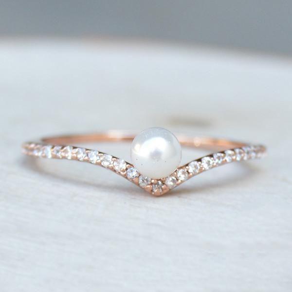 V Pearl Ring – Rose GoldMartine Steyaert