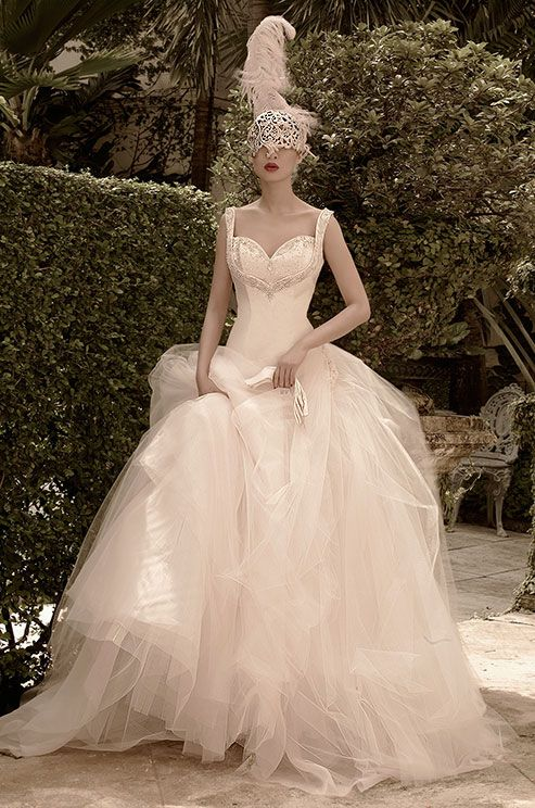 St. Pucchi wedding dress 2014. I don't think I could pull this off/afford, but man, is this fabulous.