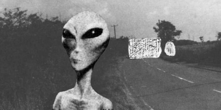 THE AVELEY ALIEN ABDUCTION: UFOS ABOVE OUR ESSEX COUNTRY LANES - Alien UFO Sightings