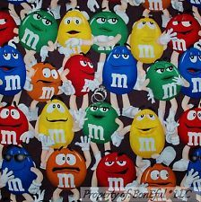 Tecido de ALGODÃO FQ bonEful Colcha Marrom Chocolate Vermelho Verde M&M s Mm Candy Dot Rosto