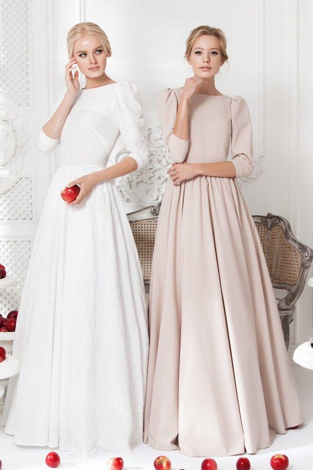 Платье «Ваниль» белое — 24 990 рублей, Платье «Леди Ди» беж — 24 990 рублей