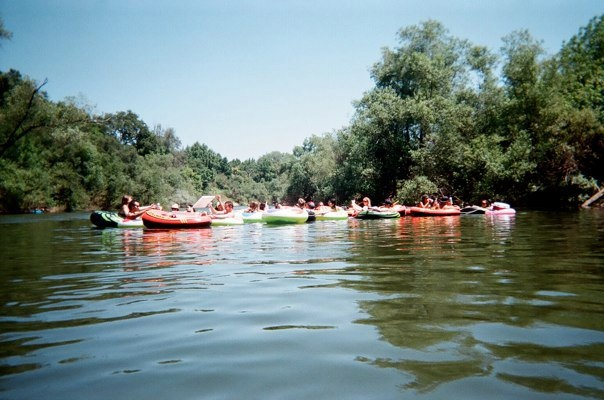 float down the russian river - sonoma wine country