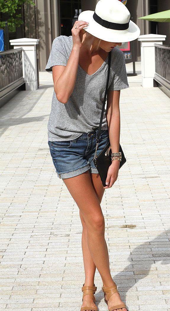 Die erwachsene Art, Jeansshorts zu tragen – Mode – #Art #Die #erwachsene #F …  – shorts outfits