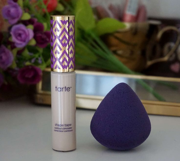 Here's my review of the super popular Tarte Shape Tape Concealer! Is it really worth the hype? http://beautybymadsen.dk/…/tarte-shape-tape-concealer-wort…/