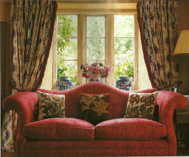 The camel-back sofa is one of those 18th-century styles that remain popular to this day, its graceful hump adorning many a modern living room.