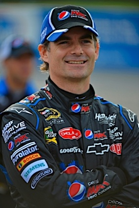 PHOTOS (Oct. 30, 2012): Jeff Gordon and the No. 24 team at Martinsville. More: http://www.hendrickmotorsports.com/news/photos/2012/10/30/Jeff-Gordon-and-the-No-24-team-at-Martinsville#.