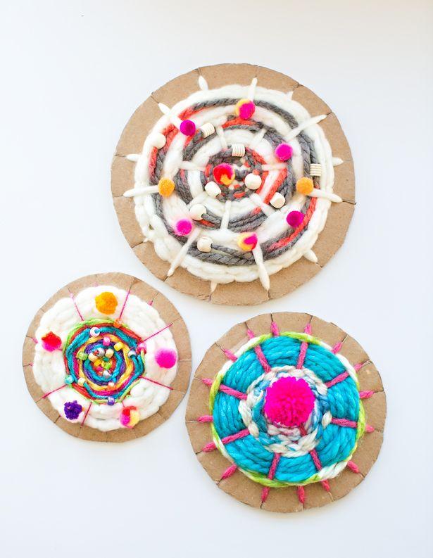 hello, Wonderful - EASY CARDBOARD CIRCLE WEAVING FOR KIDS