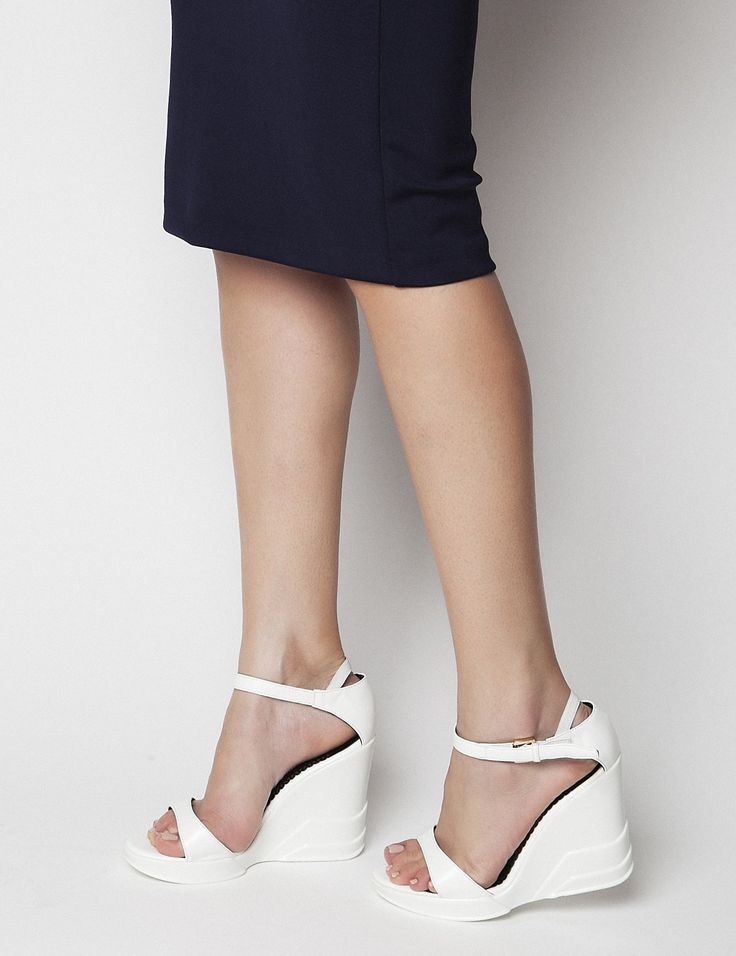 Carrie White Platforms S/S 2015 #Fred #keepfred #shoes #collection #leather #fashion #style #new #women #trends #white #high #platfoms