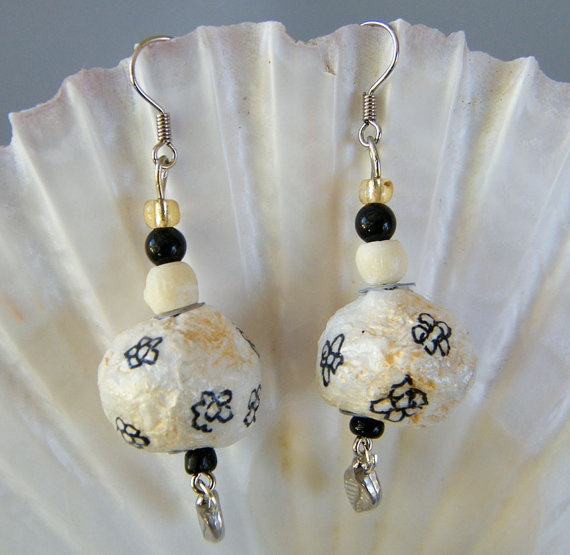 1000 images about paper mache earring on pinterest for How to make paper mache jewelry