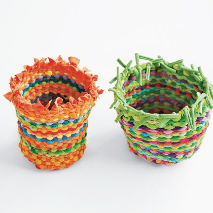 Weave giant baskets with a hula hoop tutorial.  Taking It Further | Crafts | Spoonful