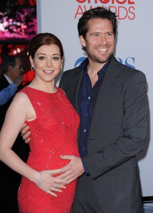 Alyson Hannigan Radiates In Red. Red carpet looks for pregnant actresses