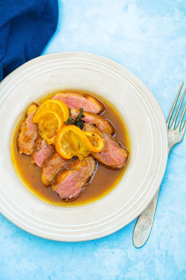 Anatra all'arancia: tutti i segreti per prepararla e personalizzarla per trasformarla in ricette originali e gourmet!  La ricetta francese + tanti consigli su: http://noodloves.it/anatra-all-arancia/