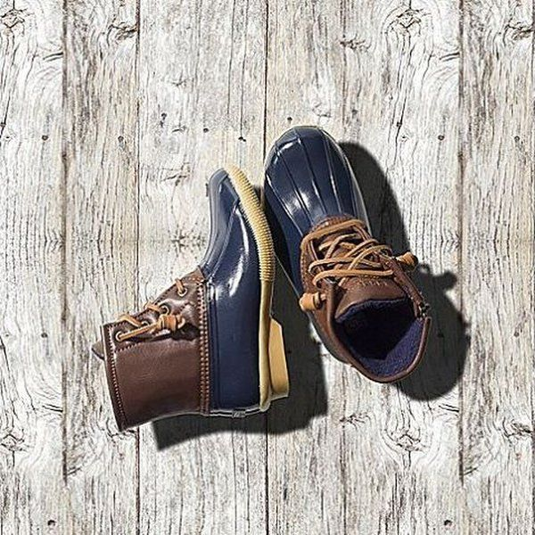 Just in!!! Sperry Saltwater Boot for kids!! Just like mom and dad! For girls or boys! #sperry #sperryboots #tradehome #peoriail #peoria
