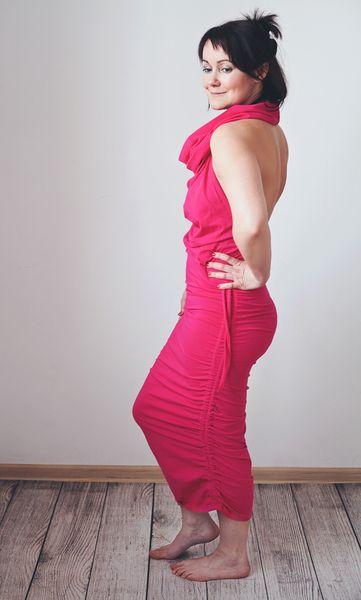 Amarantowa sukienka odkryte plecy MoreLove TANTRA w MoreLove  na DaWanda.com