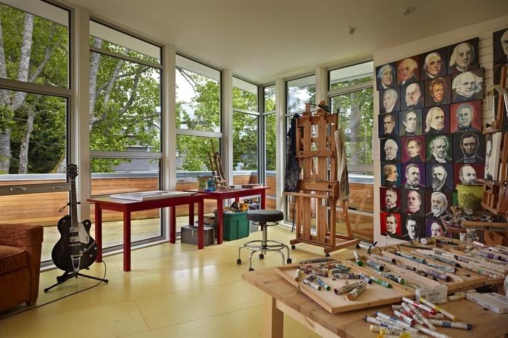 Art studio of a contemporary home near Seattle. Discovered on search.porch.com #interiordesign #decor #artsy