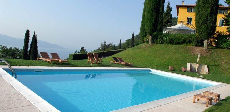 Villa Sostaga nel Gargnano, Lombardia http://www.villasostaga.com