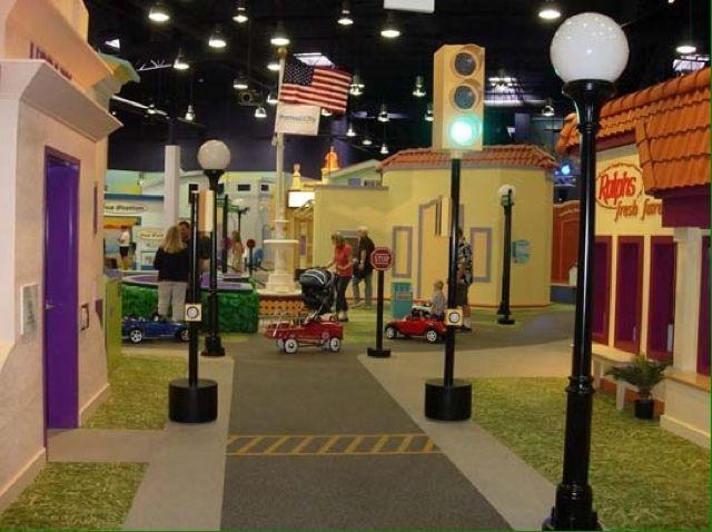 Pretend City Children's Museum - Irvine, CA #Yuggler #KidsActivities #Museum