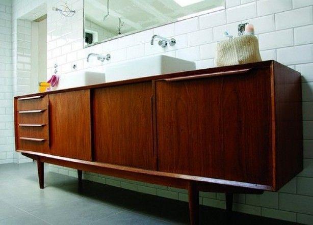 Errrmegurrrrrddd houten kast badkamermeubel badkamer pinterest vintage retro and search - Badkamermeubels vintage ...