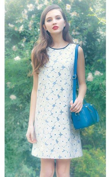 お花とレースの組み合わせがとってもラブリー。 Clear Impression レースフラワーワンピース Pretty lace dress on ShopStyle