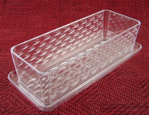 Dollar stores plastic butter dish ($1) as drawer organizer, especially good for makeup drawers. This one is from the Dollar Tree store.