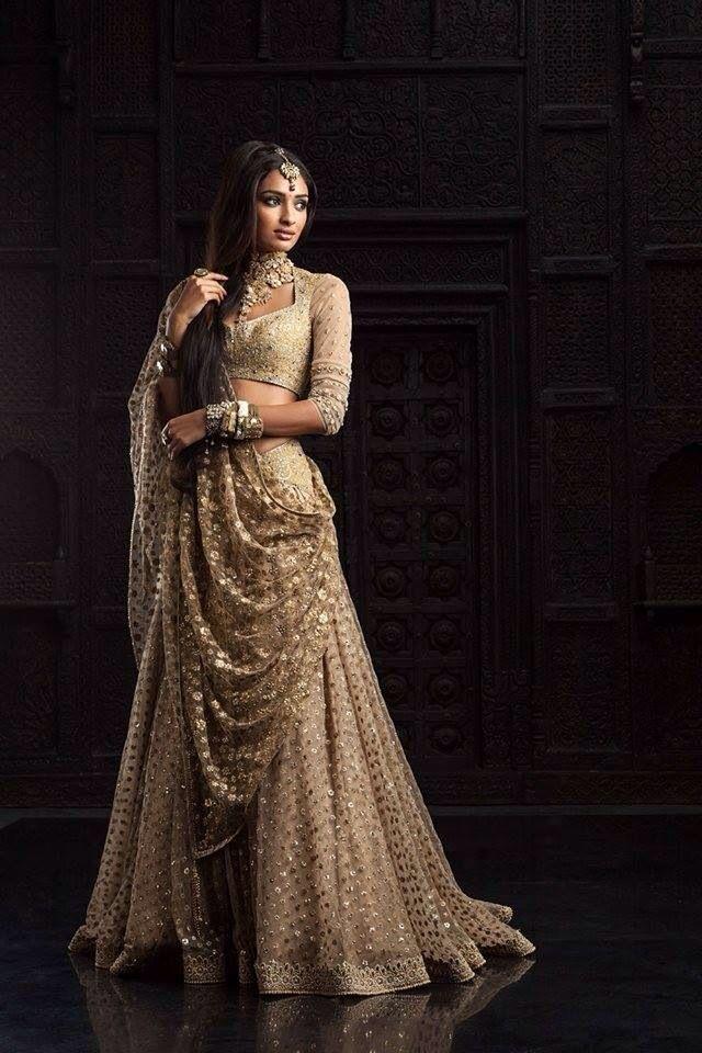Tarun Tahiliani 6th Edition Bridal & Couture Exposition 2014
