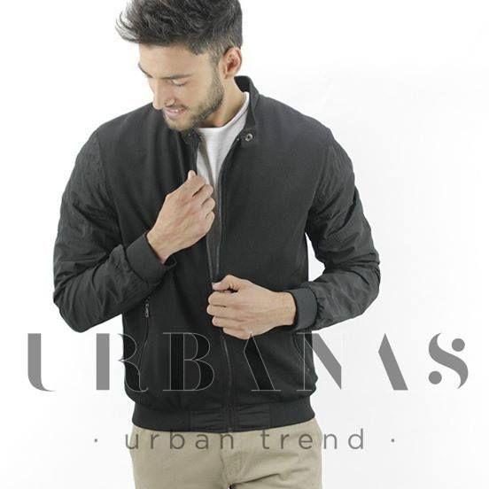 ¡Urbanos! Esto va para vosotros...👇👇  ⌛⌛ | CAZADORA BOMBER COLOR NEGRO / DIVARO | ⌛⌛  Mola, ¿eh?😏  🚨TE ENCANTA 🚨COMENTA 🚨COMPARTE  #moda #hombre #urban #regalo #jerez #rebajas ##ropa