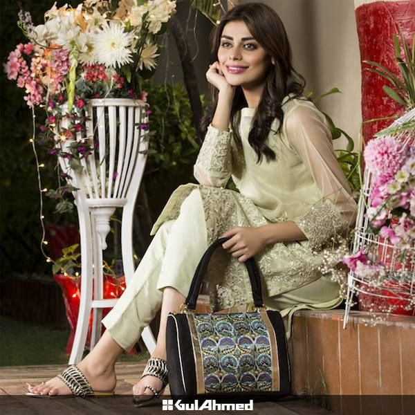 Gul Ahmed Designer Eid Shoes & Bags Collection 2015 http://clothingpk.blogspot.com/2015/09/gul-ahmed-designer-eid-shoes-and-bags-collection.html