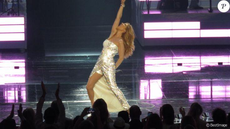 Céline Dion sur scène au Caesars Palace à Las Vegas le 23 février 2016.