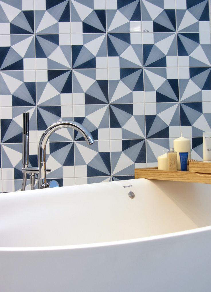 Oltre 10 fantastiche idee su arredo bagno blu su pinterest - Piastrelle gio ponti ...