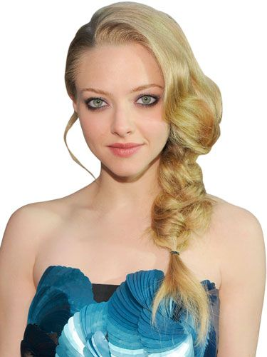 Amanda Seyfried looks like a glamorous mermaid with her fishtail plait.
