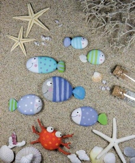 personajes marinos con piedras pintadas