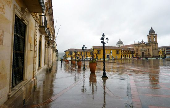 A rainy afternoon at Plaza Bolivar in Tunja, Colombia