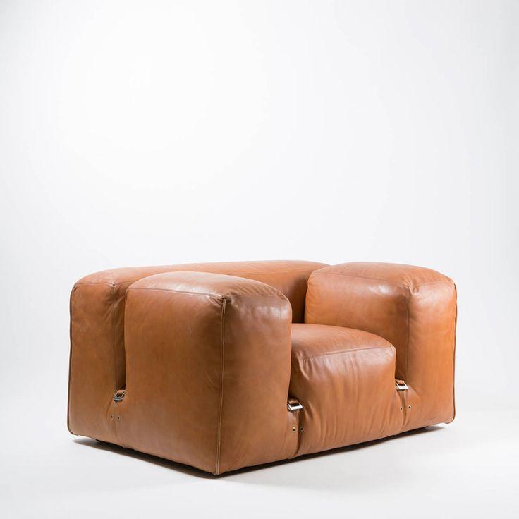 """Rare """"Le Mura"""" Lounge Chair by Mario Bellini"""