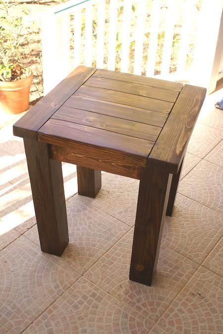 Ana White woodworking plans: Tryde side/end table