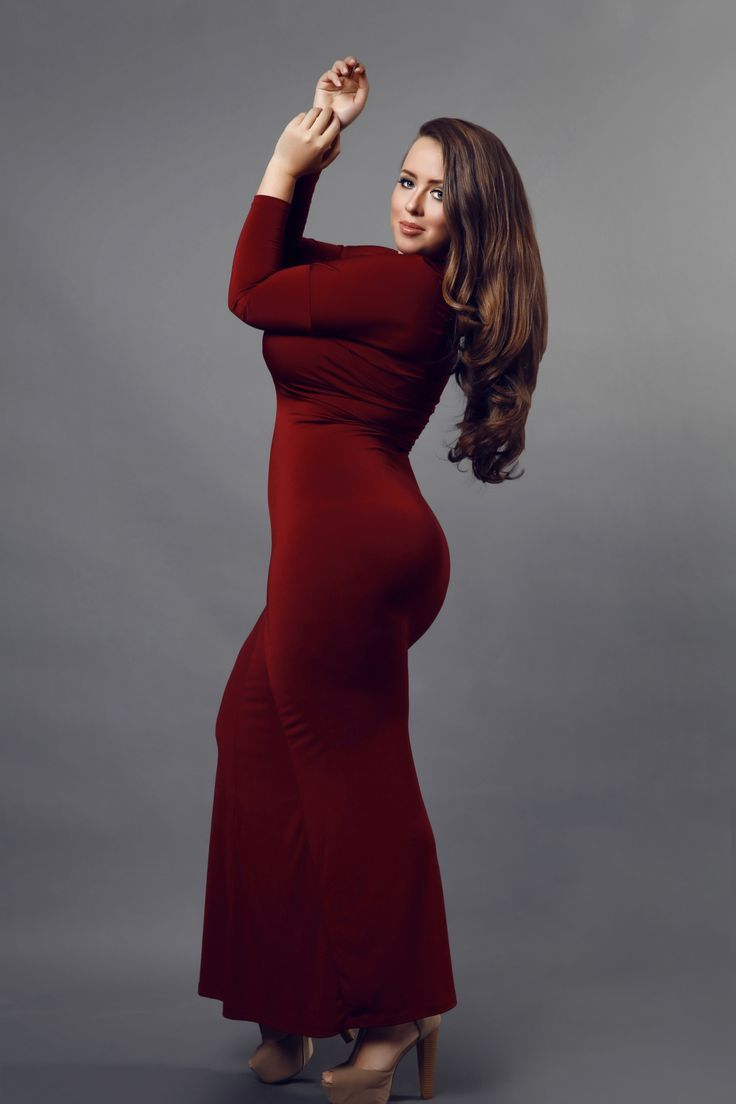 Continuing with this trend, the demand for red coloured plus size clothes have also increased. Plus size women now routinely demand red coloured clothes such as plus size red coats.
