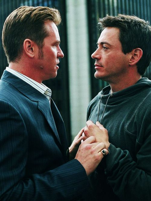 Val Kilmer & Robert Downey Jr in Kiss Kiss Bang Bang