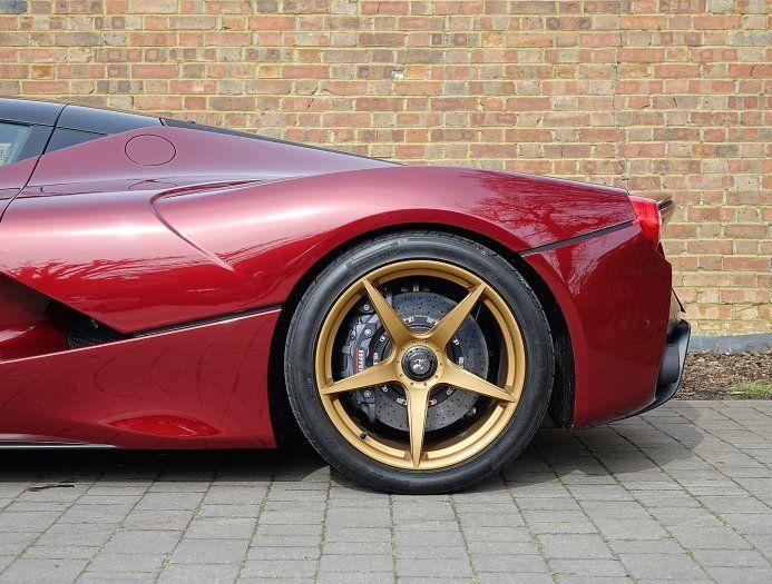 2016 (16) Ferrari LaFerrari for sale   Rosso Rubino
